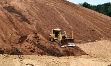 bulldozer-2594001_1920